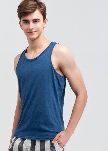 素色窄肩背心