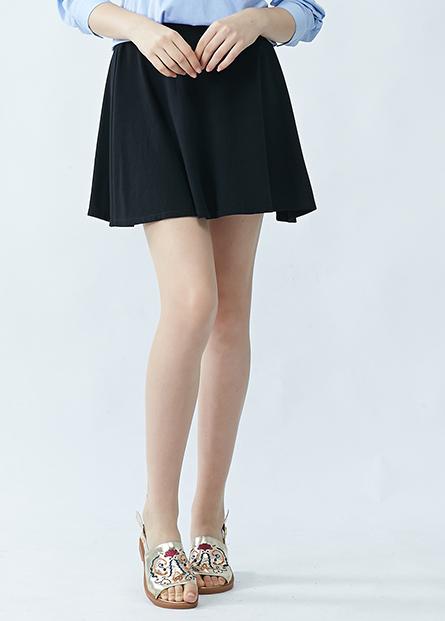 素色圓點短圓裙