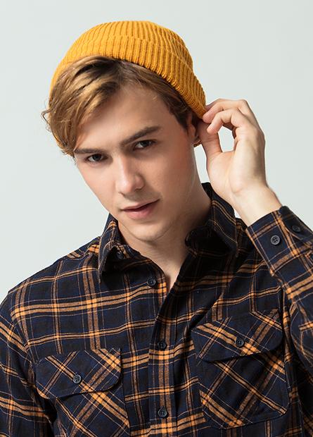 素色毛線扁帽